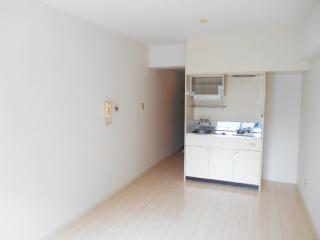横浜市港北区の賃貸マンション NICハイム綱島第8 402号室 洋室
