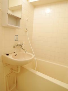 横浜市鶴見区の賃貸マンション  NICEアーバンスピリッツ生麦 802号室 浴室