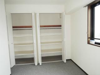横浜市鶴見区の賃貸マンション ベルカーサ生麦 503号室 収納