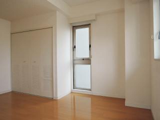 神奈川県横浜市鶴見区の賃貸マンション ツインハウスフルヤ 301号室 洋室