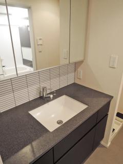 神奈川県川崎市幸区の賃貸マンション クレッセント川崎タワー 2706号室 洗面室