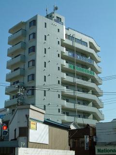 神奈川県横須賀市の賃貸マンション グラン・ベルデ 外観