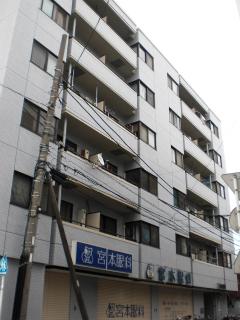 横浜市鶴見区の賃貸マンション <br /> 日神パレス鶴見市場 302号室 外観です