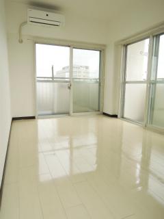 横浜市鶴見区の賃貸マンション グレイスプラザ鶴見 502号室 リビング