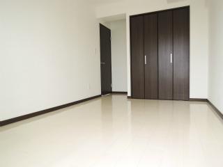 横浜市鶴見区の賃貸マンション グレイスプラザ鶴見 502号室 洋室
