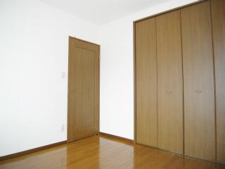 横浜市鶴見区の賃貸マンション リオベルデ鶴声 805号室 収納