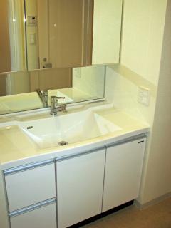 川崎市中原区の賃貸マンション ガーデンティアラ武蔵小杉 934号室 洗面室