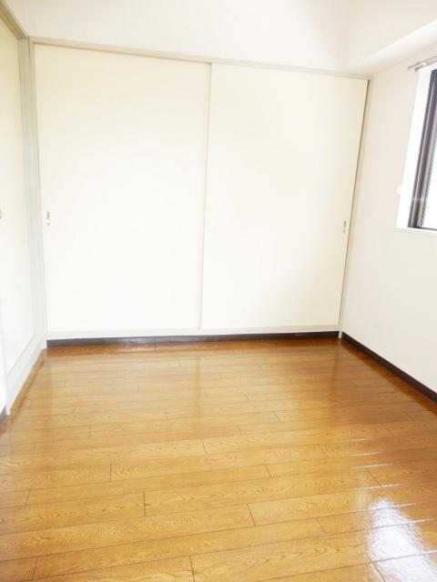 横浜市鶴見区の賃貸マンション グリーンハイツ平安206の洋室