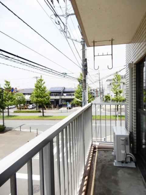 横浜市鶴見区の賃貸マンション グリーンハイツ平安206のバルコニー