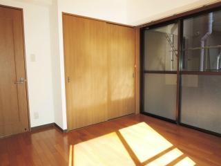 川崎市幸区の賃貸マンション ロンビックレジデンス 201号室 収納
