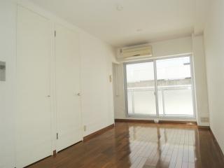 横浜市鶴見区の賃貸マンション 豊岡旭フーガ B102号室 洋室です