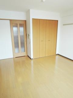 川崎市中原区の賃貸マンション グランイーサ新丸子 601号室 フローリングの室内