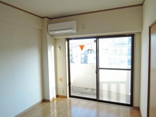 横浜市鶴見区の賃貸マンション エルセレ岸谷 402号室 洋室
