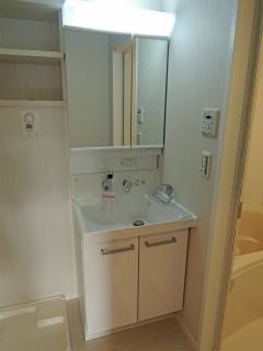 横浜市鶴見区の賃貸マンション アリエッタコート 201号室 洗面