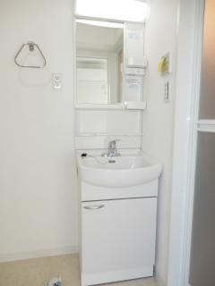 横浜市神奈川区の新築賃貸マンション リチェンシア横浜反町 洗面室